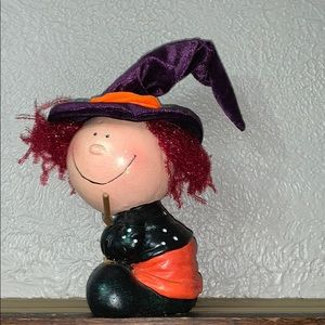 Adorable witch figurine!